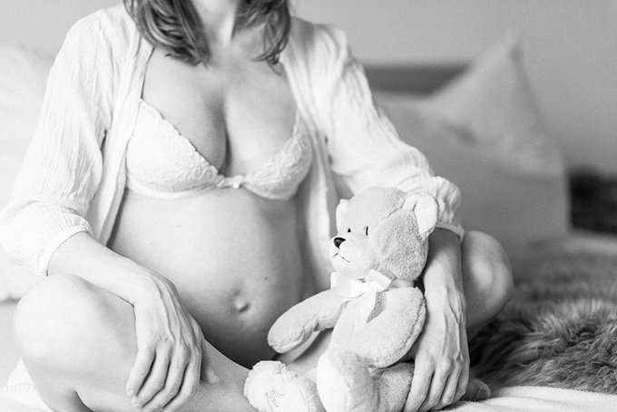 Babybauch Boudoir (39)