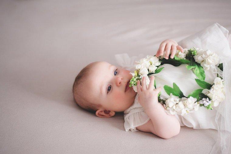 Babyfotos mit Blumenkranz 1