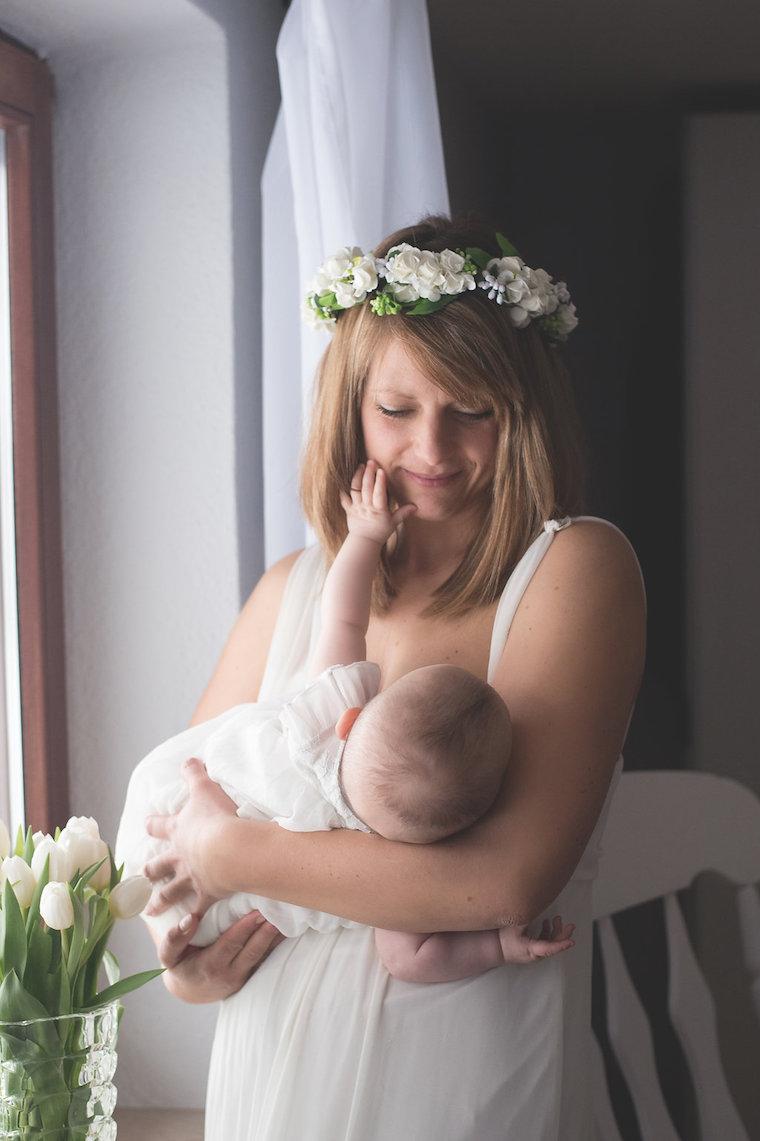Babyfotos mit Blumenkranz 10