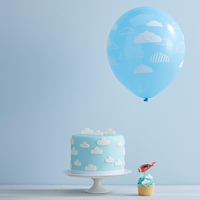 Torte mit Wolken Baby