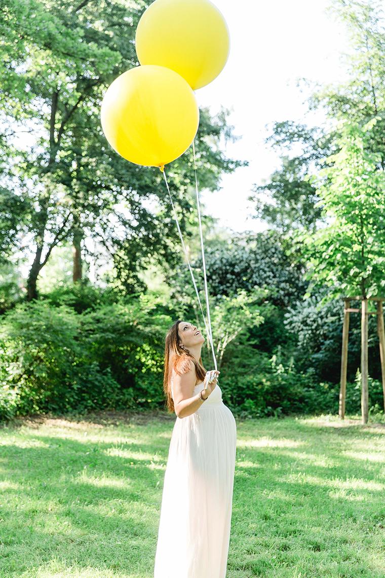 Babybauchbilder mit Luftballons (15)