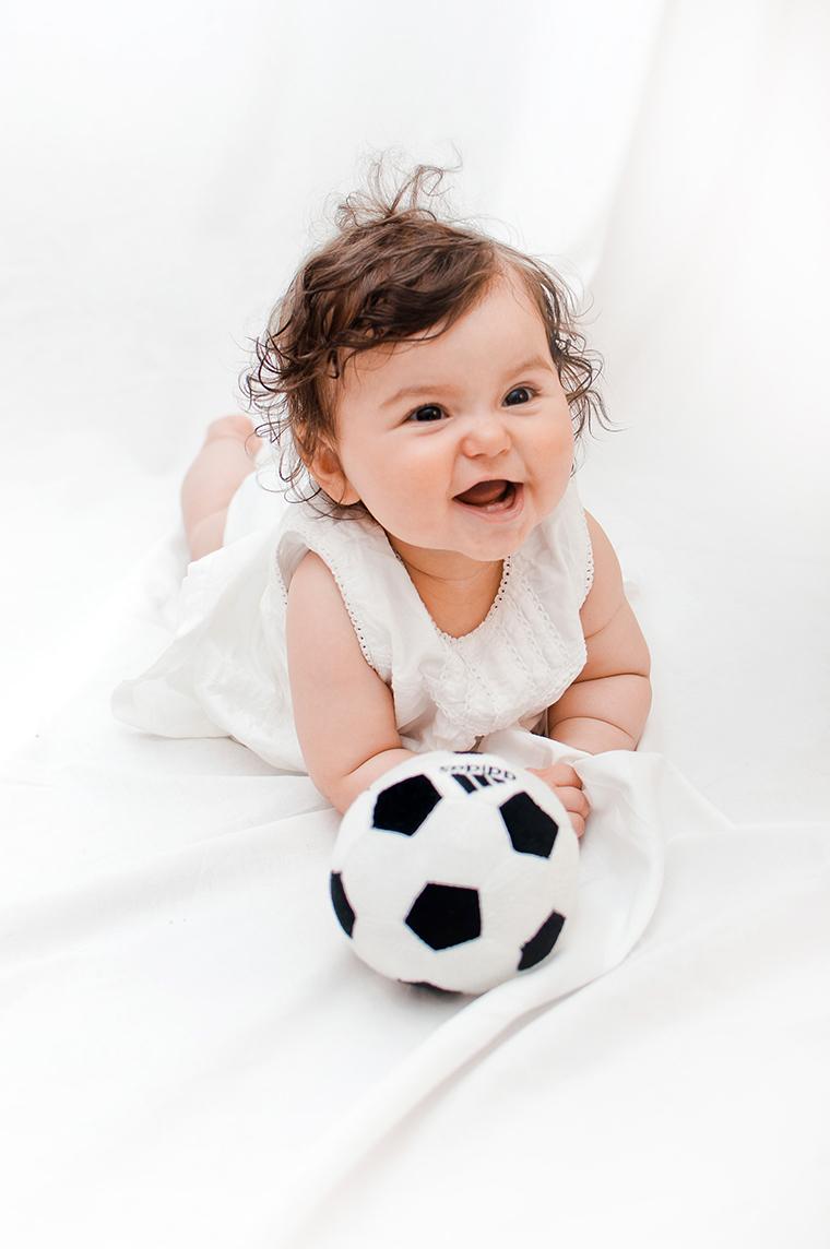 Babyfotos mit Fussball (2)