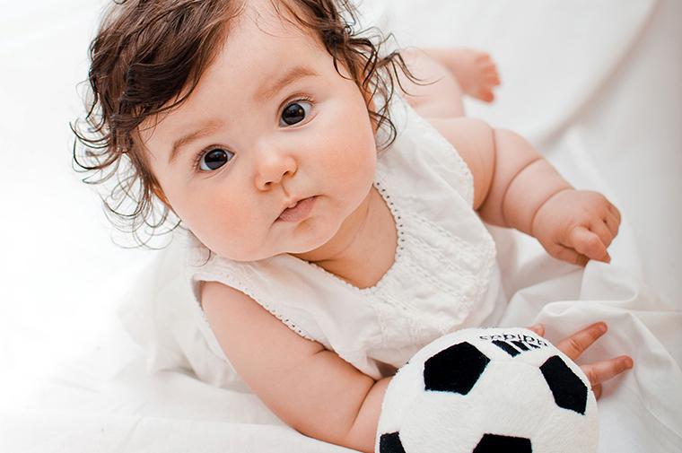Babyfotos mit Fussball (4)