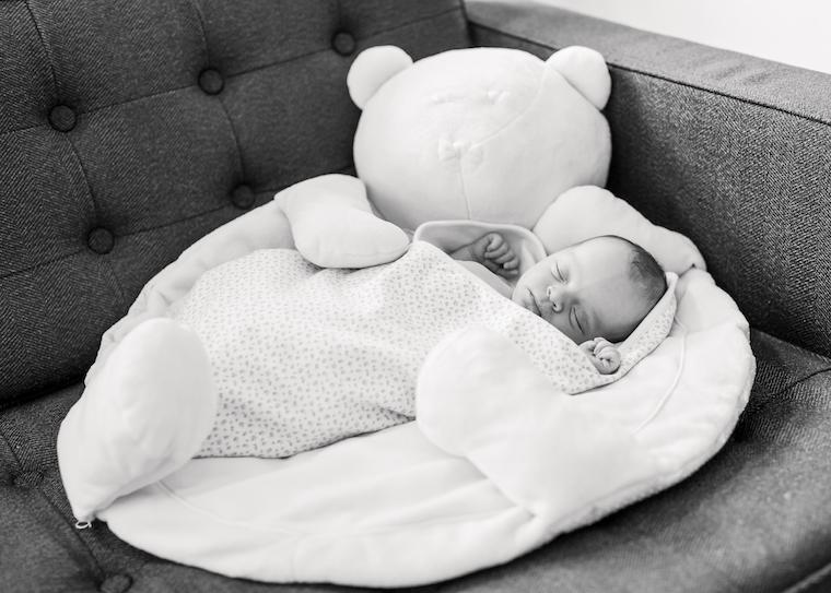 neugeborenenfotos-zu-hause-8