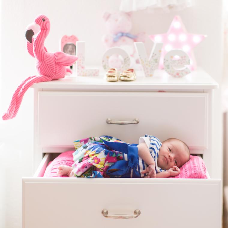 neugeborenenfotos-zu-hause
