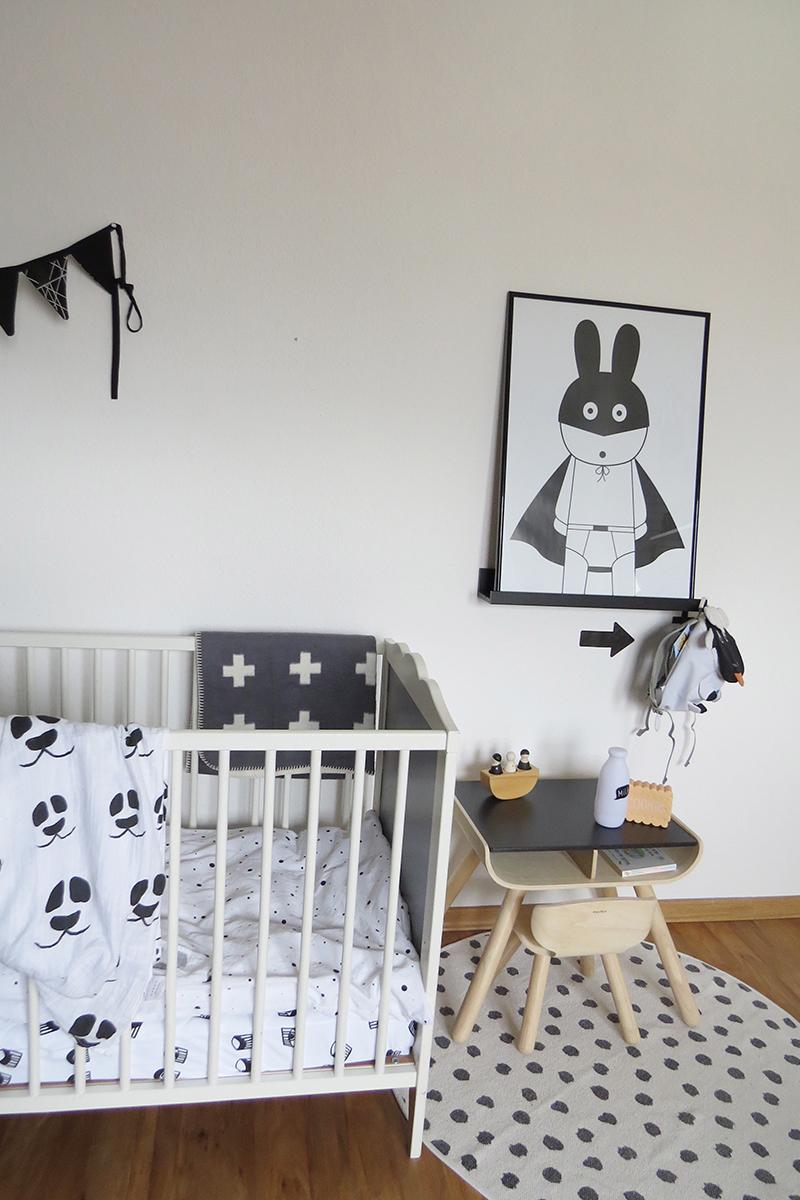 Kinderzimmer in Grau und Schwarz Weiss14
