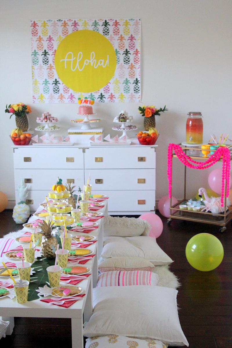 ein tropischer kindergeburtstag. Black Bedroom Furniture Sets. Home Design Ideas