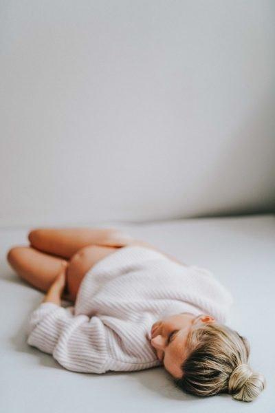 Liebe im Bauch: Babybauch-Shooting zuhause