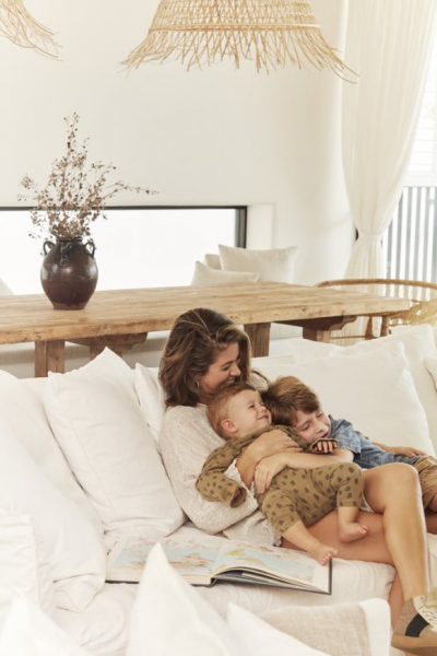 Business Mom: Megan von Grace loves Lace