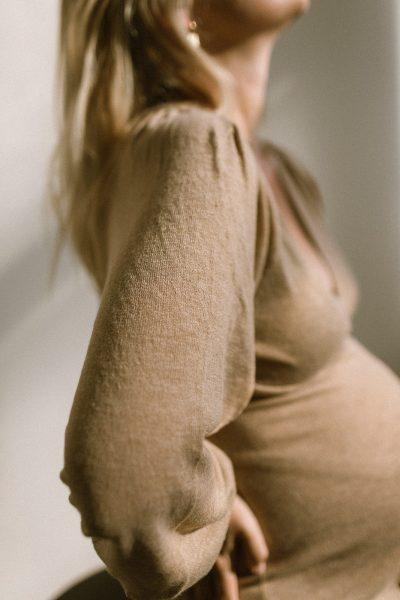 Style the Bump: Umstandsmode für den Herbst